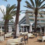 Constantinou Bros Pioneer Beach Hotel Foto