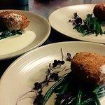 Salmon & cod fish cakes, garlic green beans, creamy white wine sauce