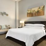 Foto de Embassy Suites by Hilton Brea - North Orange County