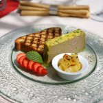 Goal liver terrine with homemade hot brioche and baked apples
