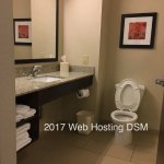 Photo de Holiday Inn Express Hotel and Suites Pearsall
