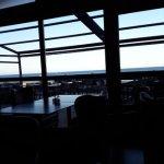 Vue sur l'océan du restaurant.