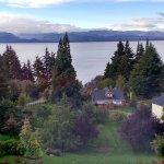 Vista al lago Nahuel Huapi desde habitación en el tercer piso