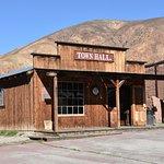 Calico town hall