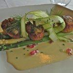 Scallops and asparagus