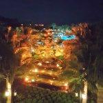 ein wunderschöner Anblick bei Nacht / auch in anderen Farben zu betrachten