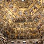 Foto de Baptistery of San Giovanni (Battistero)