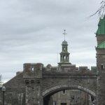 Porte fortifiée