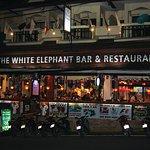 Bilde fra The White Elephant