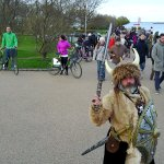 This Viking was also at the statue but as seen here there are many people there.