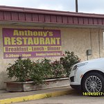 Anthony's restaurant, discount for hotel guests