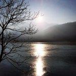 lac de genos au coucher du soleil