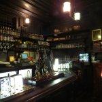 Pequeño pub escondido.