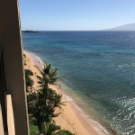 Mahana 1117- looking to the left from our lanai down to the ocen-saw lots of whales in the ocean