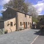 North Barn Bed and Breakfast,plenty of parking,bench to rest up after a long walk