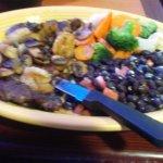 Steak a LA casa....beautiful rib eye steak, shrimp, and better than I imagined, black beans.