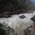 Photo de Tiger Leaping Gorge (Hutiao Xia)