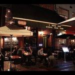 Max Bar & Restaurant