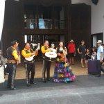 Mariachi Band greets new arrivals
