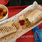 Delicious shavarma and fish/chips. Kids meal with chicken is also nice.