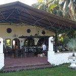 Restaurant und Bar im Freien!