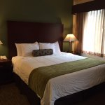 Photo de Hawthorn Suites by Wyndham Rancho Cordova/folsom