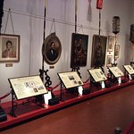 The room with all the pictures of the Hawaiian Monarchy and their history