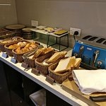 Executive Lounge - breakfast