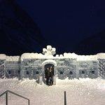 Fairmont Chateau Lake Louise Photo