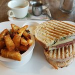 Foto Humbug Cafe