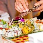 leckeres sushi, kalt wie warm.