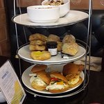 Breakfast Tea Stand