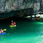 Kayaking the Angthong National Marine Park