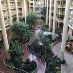 Photo de Embassy Suites by Hilton Parsippany