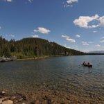 Pyramid lake01