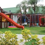 Zona infantil exterior - Exterior Playground