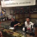 Cicchetti and wine walking tour, Venice.