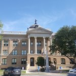 Williamson County Courthouse On the Square