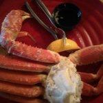 1 lb of crab legs