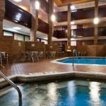 Novi Oaks Hotel Foto