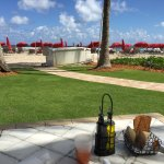 Photo de Acqualina Resort & Spa on the Beach