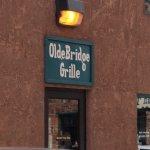 Olde Bridge Grill Cafe - entrance