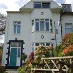 Schooner Point Guest House