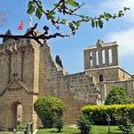 貝拉佩斯修道院