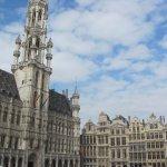 Photo de Town Hall (Hotel de Ville)