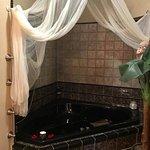 corner jacuzzi tub