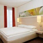 Moderne Doppelzimmer im H+ Hotel München City Centre
