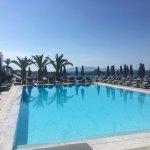Foto de Myconian Ambassador Relais & Chateaux Hotel