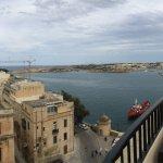 Photo de Grand Harbour Hotel