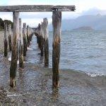 Restos en la playa de Caleta María Tierra del Fuego.